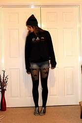 Laurel Elizabeth - Regatta Stripe Hat, Kennedy Space Centre Jumper, New Look Denim Shorts, Primark Star Tights, H&M Over The Knee Black Socks, Ed Hardy No Lace Sneakers - Spaceman