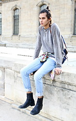 Andrea Skye Brocca - Topshop, Intage - The Light oƒ Paris