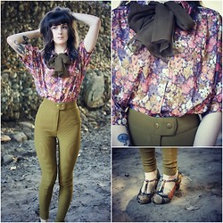 Kiana Mc - Vintage Blouse, American Apparel Riding Pants, Chelsea Crew T Straps, Vintage Scarf - Village Green & Floral
