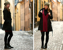 Caisa Adolfsson - Black Coat, Gina Tricot Green Hat, Gina Tricot Red Dress, Skopunkten Black Shoes - Old town