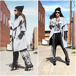 Kaitlyn Tru - Urban Outfitters Beanie, Zara Coat, Zara Trousers, Shoemint Heels - Alley ways