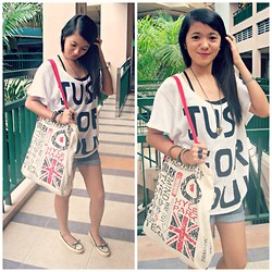 Amylene Aligan - Rings Mustache Ring, Vintage Necklace Heart, Crissa Jeans Denim Shorts, Y' Yes Wide Crewneck Oversized Loose Top Tee, Primark London Canvas Bag - Printed Tee Lover <3