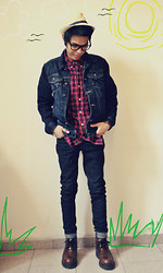 Jake Beltran - Pull & Bear Denim Jacket, Thrifted Plaid Shirt, Fedora, Zara Skinny Jeans, Thrifted Brown Boots, Ray Ban Frame - Dreaming of summer.