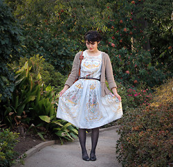 Olive Kimoto - The Loved One Vintage 1950's Storybook Print Dress - The taste of tea, in the huntington library gardens
