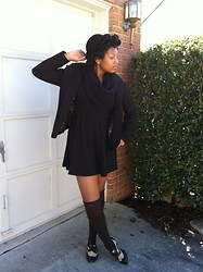 Lauren Williams - Forever 21 Baby Doll Dress, Ebay Bowler Hat, H&M Blazer - The English Channel