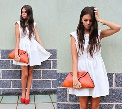 Emma Lucey - Beginning Boutique Dress, Vintage Clutch, Novo Shoes - RUST