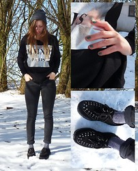 Julia N - H&M Knitted Hat, Gina Tricot Black Silver Printed Sweatshirt, Crocker Black Washed Out Jeans, Lindex Glitter Socks, Have2have Studded Creepers - MMXII PARIS