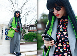 AMINTA ONLINE - Chic Wish Iphone Case, Pop Top, Romwe Skirt, Now I Style Oversized Blazer, Wonderland Wigs Wig, Giant Vintage Sunglasses - Green!