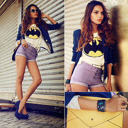 "Alana Ruas - Romwe ""Batmen"" T Shirt, Romwe Short, Romwe Bracelet, Zealotries Envelope Bag, Sheinside Blazer, Chic Wish Sunglasses - Why so serious?"