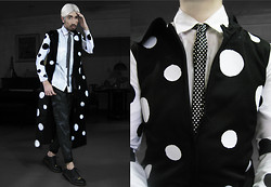 Andre Judd - Daryl Maat Polka Dotted Coat, Polka Dot Tie, Leather Trousers, Embellished Laceups - CORPOLKADOT