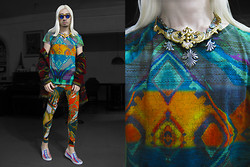 Andre Judd - Zara Abstract Watercolor Effect Grpahics, Baroque Filigree Neckpieces Layered, Abstract Print Leggings, Thick Mohair Coat, Pretty Little Finds Flip Frames - HIPPIE TRIPPIE