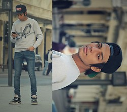 Hamza Ryø' - Obey, To The Black, H&M Skinny Jeans, Nike Air Jordan - Los Angeles.