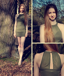 Yasmin Natascha - New Yorker Military Dress, H&M Clutch - Out in the Woods//diamonddesigndiary