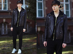 Paweł Lewandowski - Zip Thru Sweatpants, Biker Jacket - Love Echo - Lovecats