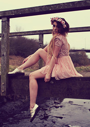 Rachael Dobbins ♡ - Roses And Clementines Rose Crown   Cotton Candy Rose, Creepers Metallic Gold - My Whimsical Place