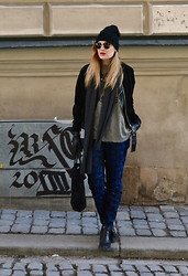 Viola Bergström - H&M Pants, Ray Ban Sunglasses, Monki Jacket, Tiger Of Sweden Scarf - March