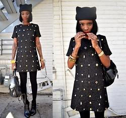 VintageVirgin Jessica - Pixie Market Charm Shift Dress, Chicnova Kitty Beret Hat, Zara Studded Boots, Zara Vintage Leather Bag, Nasty Gal Gold Pyramid Bracelets - CHARM SCHOOL