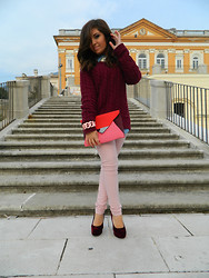 Lucia Palermo - Zara Pull, H&M Bag, H&M Pumps - Shades of pink