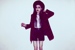 Violet Ell - Thrift Store Blazer, Thrift Store Shirt, Leather Shorts, Thrift Store Hat - 16.01.2013
