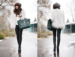 Anni *** - Lookbookstore Jacket, Oasis Pants, 3.1 Phillip Lim Bag, Jeffrey Campbell Boots - Goodbye winter