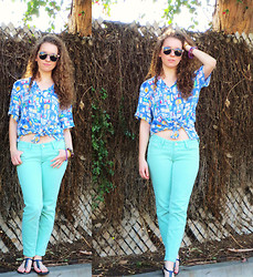 Christina Oliva - Vintage Cotton Button Down, Pacsun Seafoam Jeans - Senior Blue