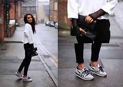 India Rose - Zara Sweater, Weekday Neoprene Joggers, Reebok Sneakers, Nelly Clutch, Weekday Netted Top - DIGITAL LION