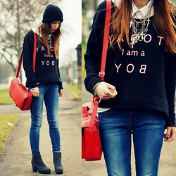 Agata P - Sweatshirt, Stradivarius Jeans, H&M Bag, New Look Necklace - TODAY I am a BOY