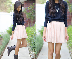 Megan H - Gilly Hicks Sweater, Oasap Skirt, Combat Boots, Brandy Melville Usa Necklace - Catch my breath