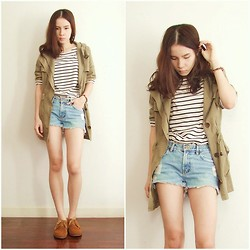 Kapongpeang K. - Basic Strip Tee, Military Jacket, Denim Short - Stripes !