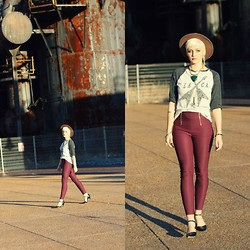 Samii Ryan - Charolette Russe Pants, H&M Tee Shirt, Forever 21 Necklace, Sage & Brass Crystal Necklace, Anne Klein Shoes, By Samii Ryan Ear Cuff - Maroon LA | CA