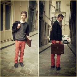Alexis P. - Agusto Briefcase, Pull & Bear Pants, Jules Shoes - To remember some old good old times...