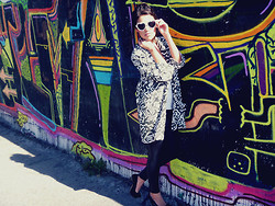 MariiFer Ponce - Vintage Jacket, Black Leggins - Black and White.. print
