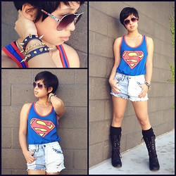 Sassy Cuna - Six Flags Superman Tanktop, Fashion Q High Waisted Shorts, Love Combat Boots - S On My Chest