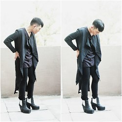 Karl Philip Leuterio - Cos Geometric Coat, Hmg Asymmetric Shirt, Uniqlo Pants, Messeca Andi Boots - Black is a way of living