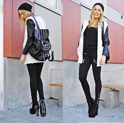 Frida Johnson - Jacket, Bag, Boots - FRIDAFYNDIGT @ INSTAGRAM :)