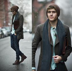 Adam Gallagher - Fashops Coat, Holdall&Co Satchel, Similar Here  > Mint Shirt - St. Patricks Snow (VOTE ME TO COACHELLA!)