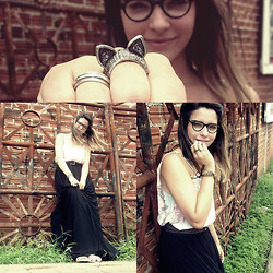 Mariza Rezende - Diy Pleated Long Skirt, Vintage Glasses, Cat's Ear Ring - She wants romance but you want guitars
