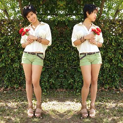 Sassy Cuna - Papaya Cream Loose Button Up, Hollister Green Shorts, Paprika Cork Wedges - Green Day, Patty's Day