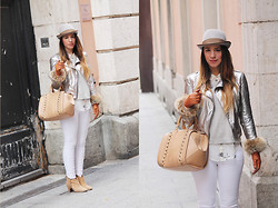Laura Ruiz Andujar - Zara Bag, Mango Jaquet - Metalic Cold