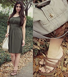 Gabrielle Deanna - Rue21, Mellie Bianco Nude Bag, Modcloth Olive Dress - Forest Nymph.