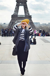 Valentine Hello - Zara Stripes Sweater, Monki Pencil Polka Dots Skirt, Alexander Wang Diego Bucket Bag, Guess? Matera Boots - I ♥ Paris !