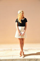 Maria Fliatoura - H&M Black Top With Strass, Chanel White Vintage Clutch Bag, United Colors Of Benetton White Skirt, Zara Pink High Heels - Young Lady