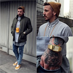Chris Kross - Carhartt Beanie, Carhartt Shirt, Casio Watch, Vans Shoes, Urban Outfitters Jacket, Monki Bag, River Island Jeans - Thinking of...