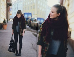 Katarina Lilius - Monki Scarf, Second Hand Coat, Dr.Denim Jeans, Cheap Monday Bag - Friday