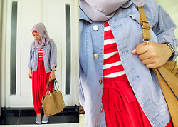 Aghniya Fitrisna - Chloé Brown Leather Bag, Jeans Jacket, Bloomy Pants - On fire