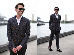 Liam M - Prada Sunglasses, Lanvin Shirt, Gucci Suit - DOUBLE UP