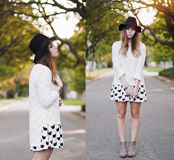 Amy S - Pepa Loves Cat Dress, Beginning Boutique Boots, Romwe Jersey, Rvca Hat - Everybody wants to be a cat
