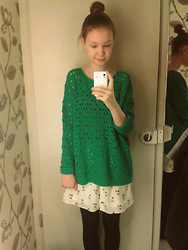 Paulina Andreeva -  - River island Fitting room