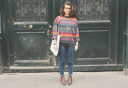 Marion Bureau - Fripesparty Colours Pullover, Bershka Jeans - COW BOY