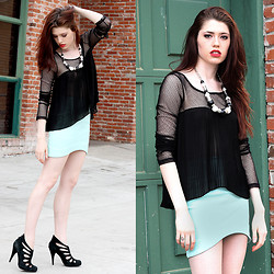 Victoria Jameson - Bcbg Sheer Hi Lo Shirt, H&M Mint Skirt, H&M Necklace, Steve Madden Black Ankle Boots - And I'm Painted Black